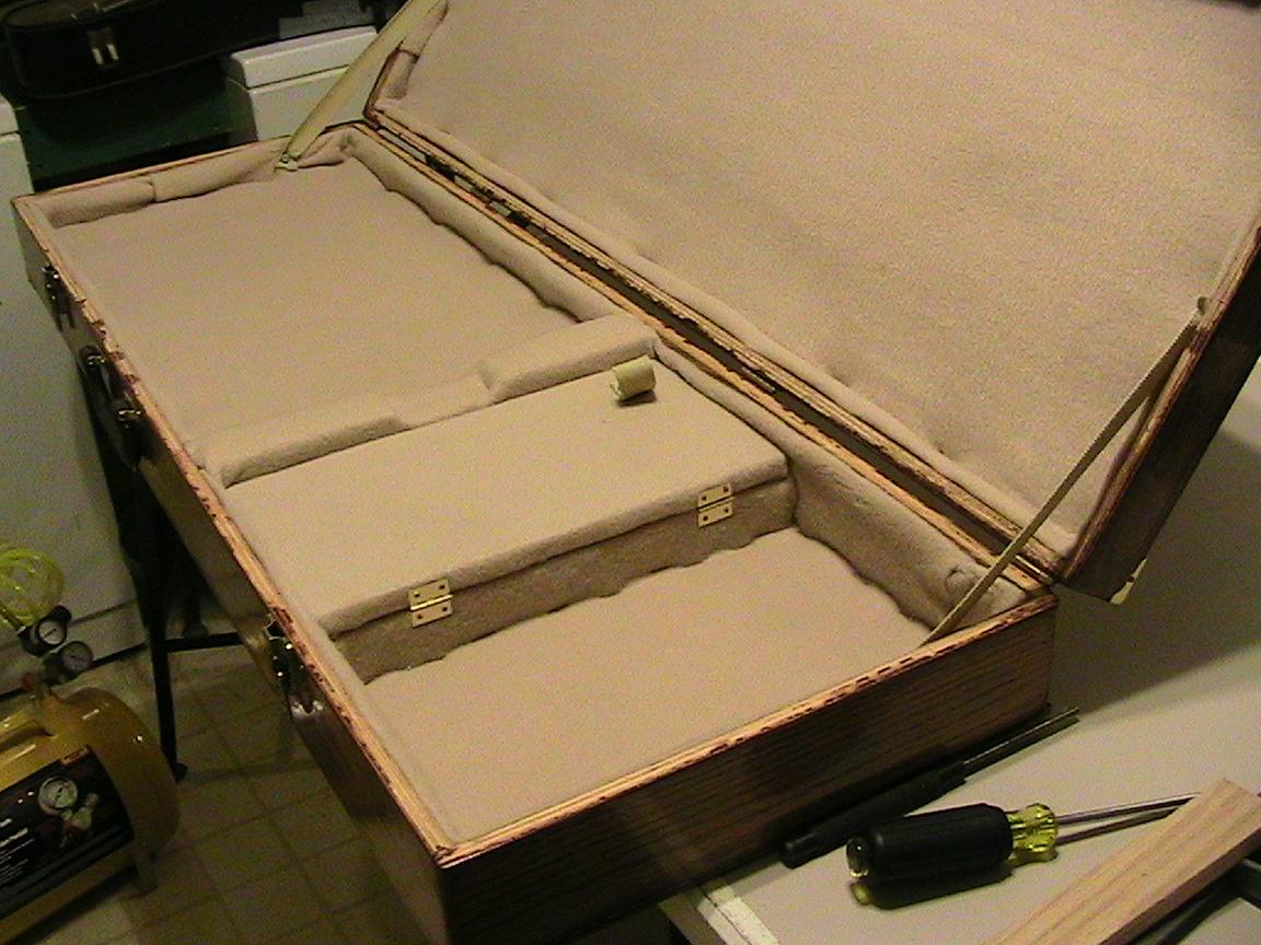 custom guitar case from scratch soliloquy blog. Black Bedroom Furniture Sets. Home Design Ideas